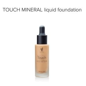 Touch Mineral Liquid Foundation (19 shades)